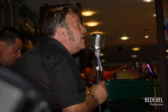 Chanteur seventiz