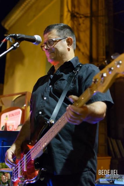Bassiste concert Seventi'z
