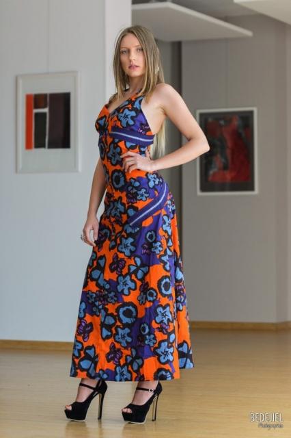 Portrait femme en robe d'été