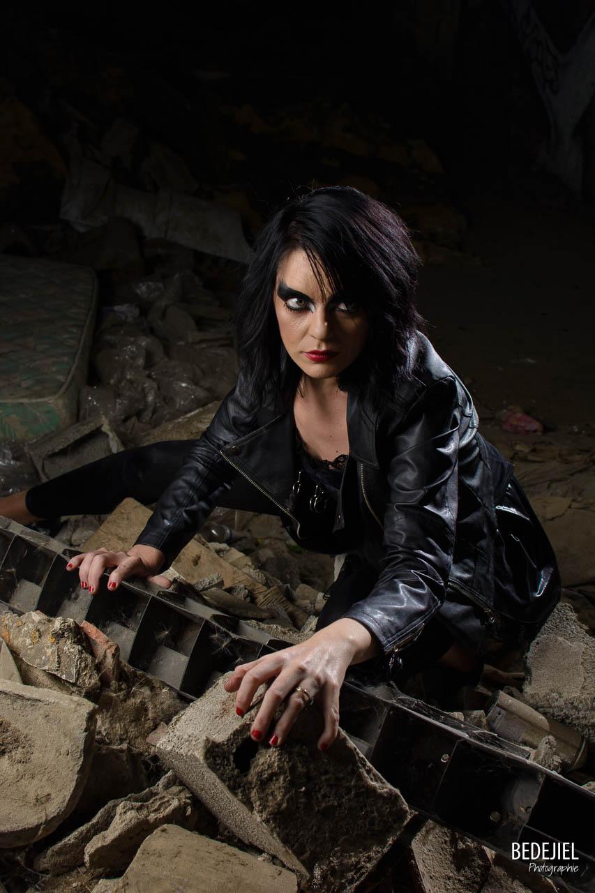 Femme dark